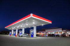 The average convenience store in 2011 sold roughly 128,000 gallons of motor fuels per month, or approximately 4,000 gallons per day